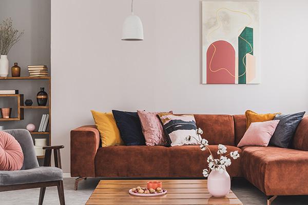 Salon : optez pour l'indémodable canapé d'angle